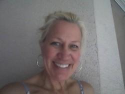 Ms Joanne Goot